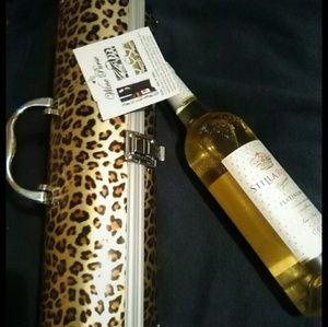 Wine purse with opener